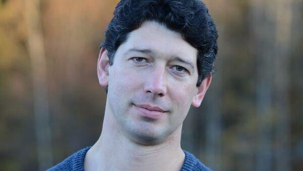 Врач-нарколог, суггестолог, магистр социальной психологии Борис Фальков - Sputnik Латвия