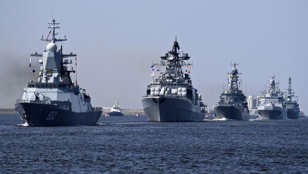 Репетиция парада ВМФ в Кронштадте - Sputnik Latvija