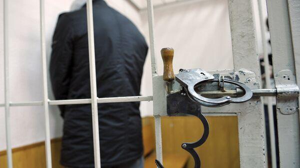 Подозреваемый в суде - Sputnik Латвия