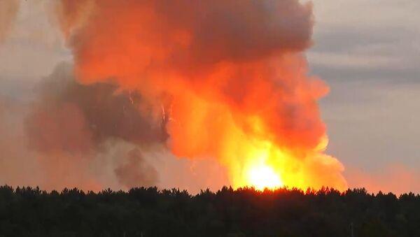 На территории воинской части в Красноярском крае произошел взрыв - Sputnik Латвия