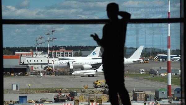 Новый пассажирский терминал B аэропорта Шереметьево, 2018 год - Sputnik Латвия