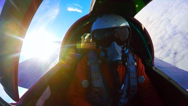 Воздушный бой в стратосфере - Sputnik Латвия