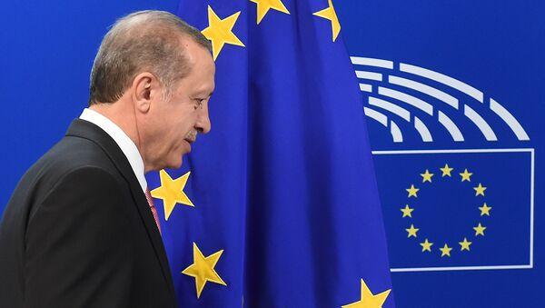 Президент Турции Тайип Эрдоган - Sputnik Latvija