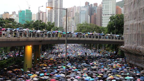 Акция протеста в Гонконге  - Sputnik Latvija