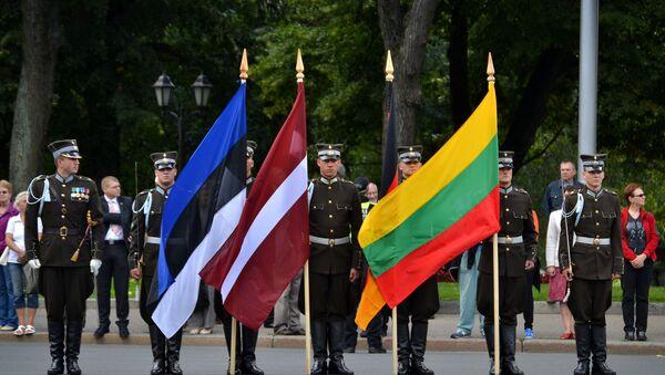 Флаги Эстонии, Латвии и Литвы - Sputnik Латвия