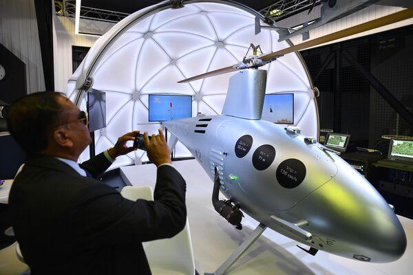 Российский беспилотный вертолет К2 Клен, представленный на Международном авиационно-космическом салоне МАКС-2019 - Sputnik Латвия