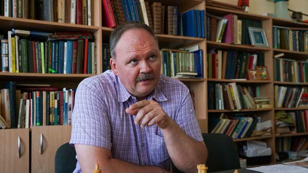 Алексей Васильев, преподаватель географии в Даугавпилсской средней школе - Sputnik Латвия