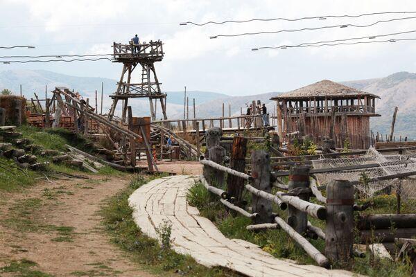 Interaktīvais parks Vikings Krimas ciemā Perevaļnoje  - Sputnik Latvija