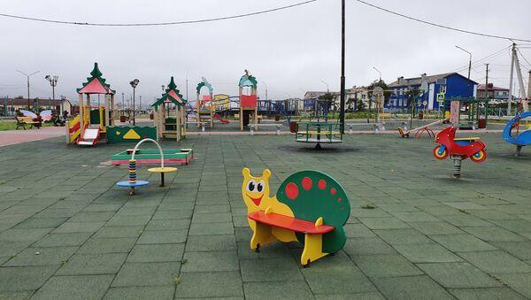 Центральный сквер поселка городского типа Южно-Курильск - Sputnik Латвия