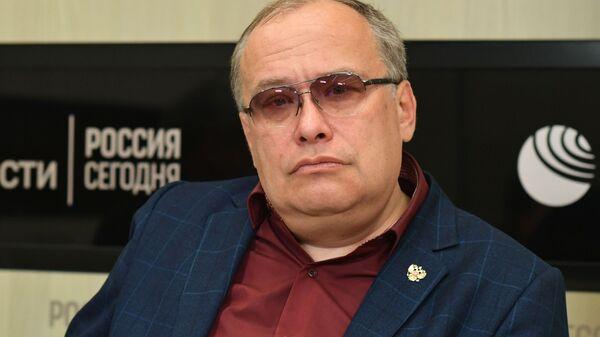 Профессор Санкт-Петербургского государственного университета, президент Российской ассоциации прибалтийских исследований Николай Межевич - Sputnik Latvija