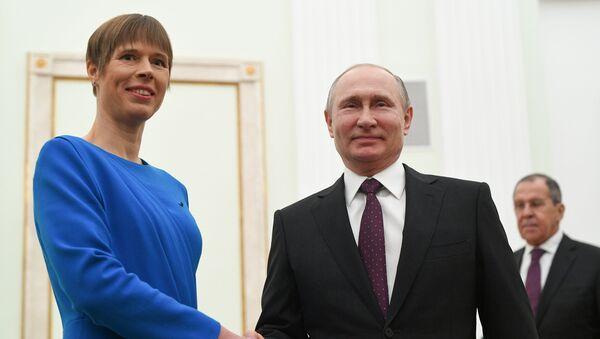Президент РФ Владимир Путин и президент Эстонии Керсти Кальюлайд во время встречи - Sputnik Латвия