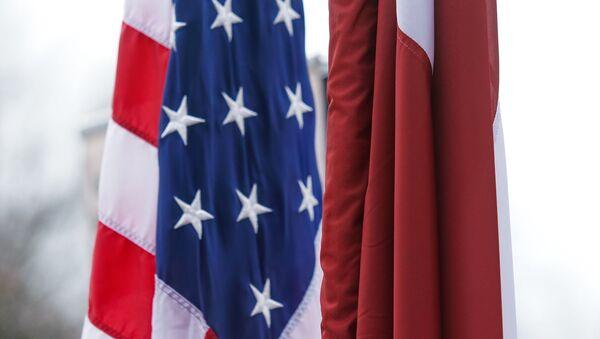 Торжественная церемония передачи Земессардзе от США средств разминирования Husky - Sputnik Латвия