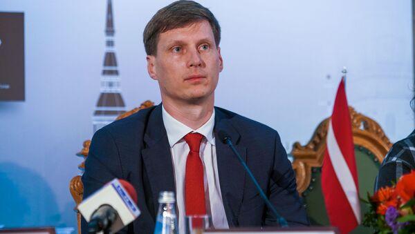 5-й туристический форум Китая и стран Центральной и Восточной Европы на высоком уровне. Министр экономики Ральф Немиро - Sputnik Latvija
