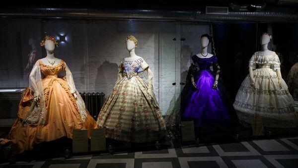 Выставка в рижском музее моды  - Sputnik Латвия