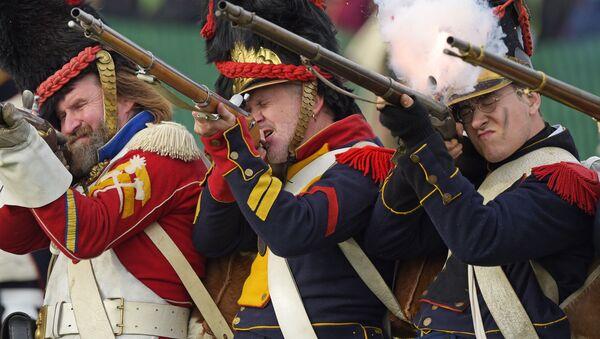 Участники чемпионата мира по историческому средневековому бою Битва Наций под Лейпцигом, Германия - Sputnik Latvija