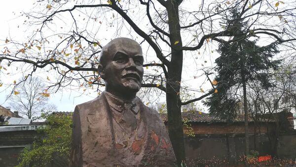 На Цесу, 17 стоит единственный в Риге памятник Ленину - Sputnik Latvija
