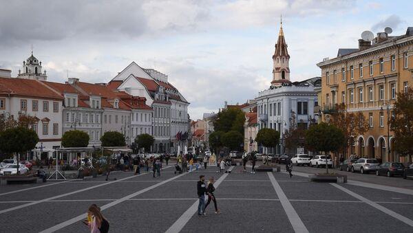 Упадок экономики и алкоголь: Литва возглавила рейтинг самых пьющих стран - Sputnik Латвия