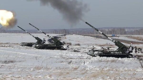 Российское супероружие в действии: одна из самых мощных пушек мира показала себя - Sputnik Латвия