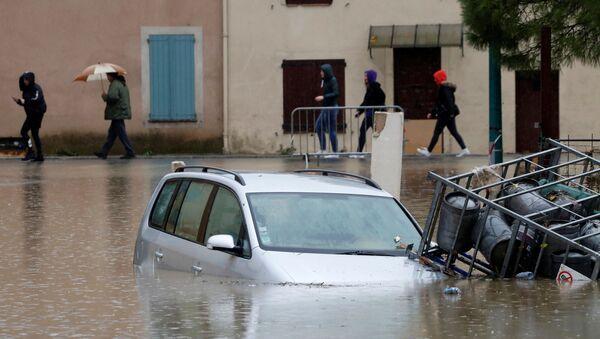 Последствия наводнения в Ле-Мюи, Франция  - Sputnik Латвия