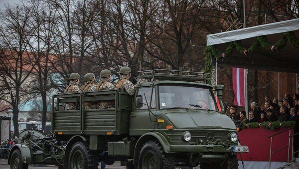 Транспортное средство Министерства обороны Латвии - Sputnik Latvija