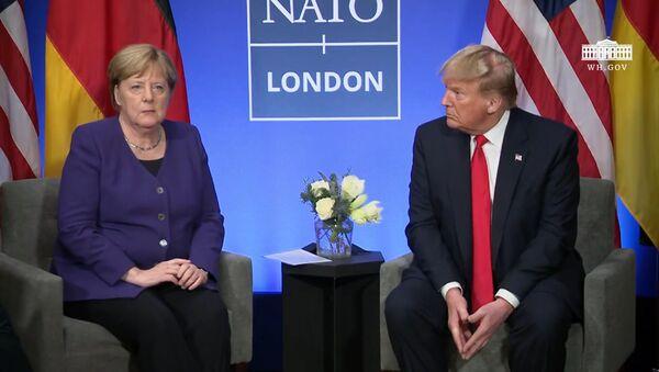Дело Скрипалей 2.0: дипломатический скандал между Россией и Германией - Sputnik Латвия