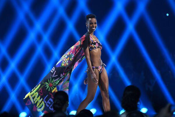 Мисс ЮАР Зозибини Тунци на конкурсе красоты Мисс Вселенная 2019 в Атланте, США  - Sputnik Латвия