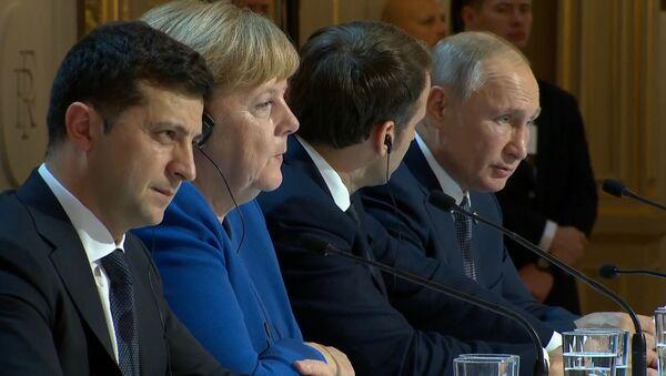Нормандский формат привел к потеплению в отношениях России и Украины - Sputnik Латвия