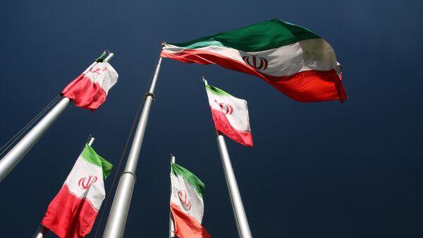 Флаги Ирана - Sputnik Latvija