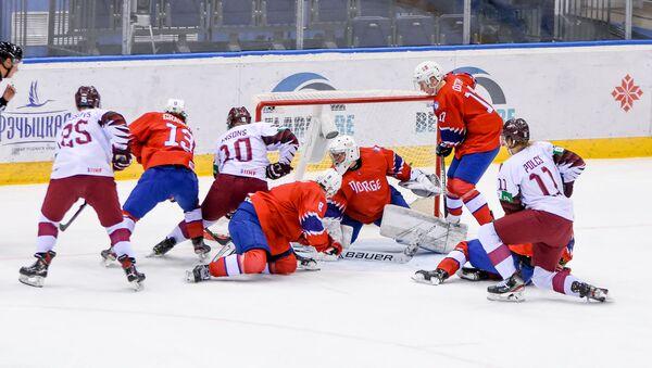 Матч молодежных сборных Латвии и Норвегии по хоккею - Sputnik Латвия