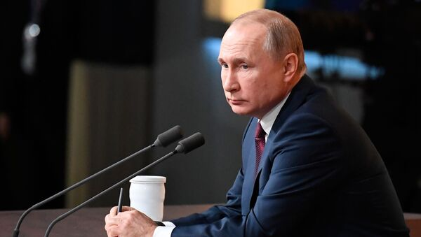 Президент России Владимир Путин - Sputnik Латвия