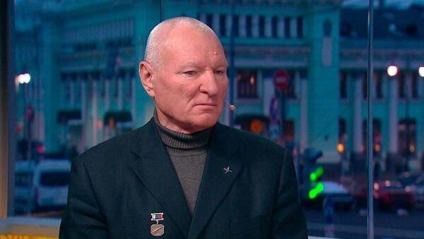 Заслуженный пилот России Юрий Сытник - Sputnik Латвия