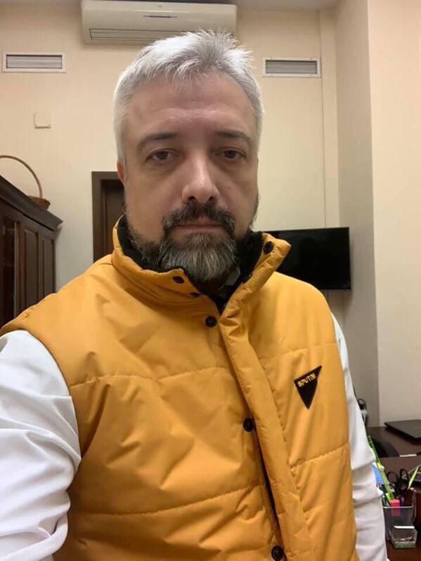 Российский журналист, политический деятель Евгений Примаков во время флешмоба в поддержку Sputnik Эстония - Sputnik Латвия