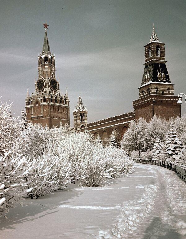 Московский Кремль зимой - Sputnik Латвия