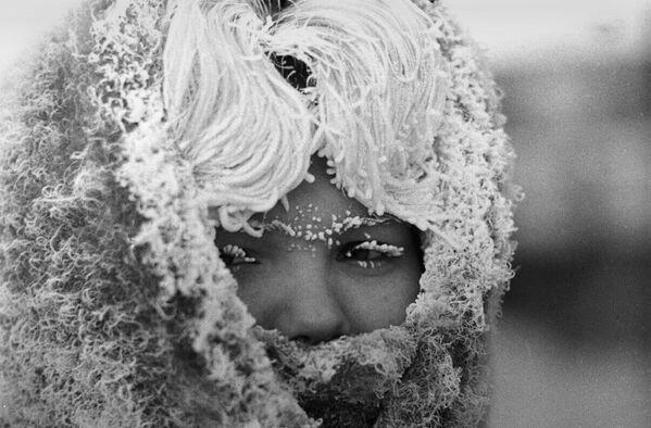 Девушка в сильный мороз - Sputnik Латвия