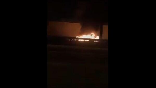 Последствия ракетного удара по аэропорту Багдада - Sputnik Латвия
