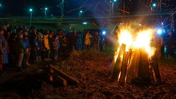 Памятное мероприятие на Закюсале, посвященное 29-летней годовщине баррикад - Sputnik Латвия