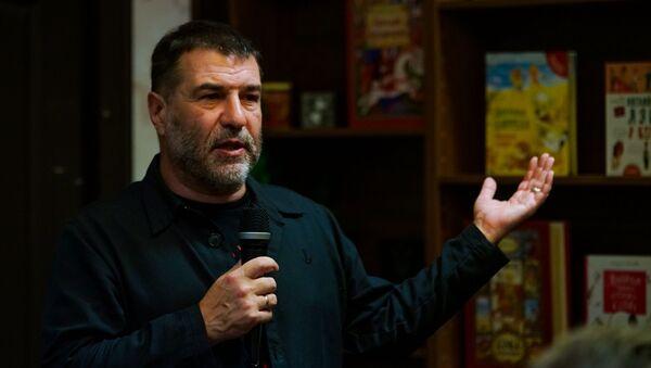 Российский писатель, актер и режиссер Евгений Гришковец в Риге - Sputnik Латвия