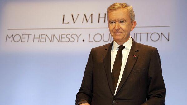 Французский бизнесмен, президент группы компаний Louis Vuitton Moet Hennessy Бернар Арно - Sputnik Latvija