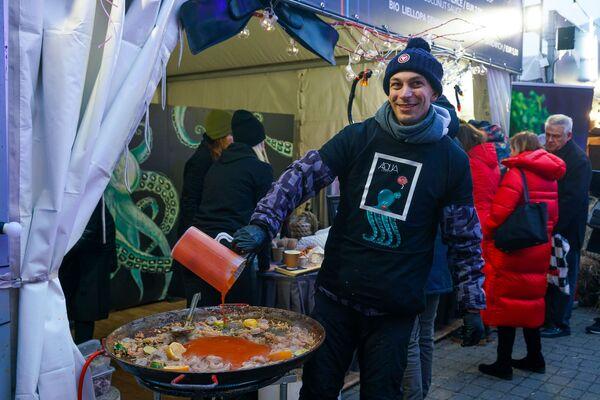 В Риге прошел четвертый фестиваль уличной еды Street Food Festival. - Sputnik Латвия
