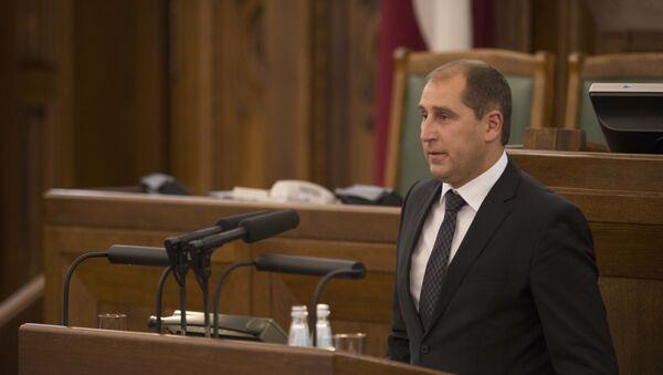Глава Цесисского отделения Латвийской зеленой партии, бывший депутат Сейма Артис Расманис - Sputnik Латвия