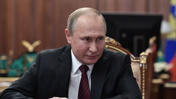 Президент РФ Владимир Путин в Кремле - Sputnik Латвия