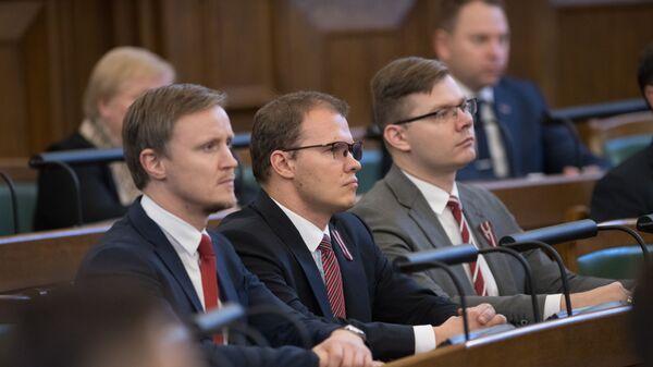 Депутаты Нацблока Рихардс Колс, Райвис Дзинтарс и Янис Иесалниекс - Sputnik Латвия