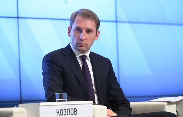 Министр по развитию Дальнего Востока и Арктики Александр Козлов в пресс-центре МИА Россия сегодня в Москве - Sputnik Латвия