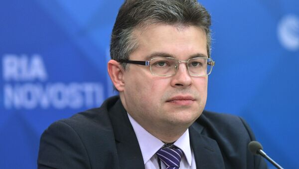 Директор по энергетическому направлению Института энергетики и финансов Алексей Громов - Sputnik Латвия
