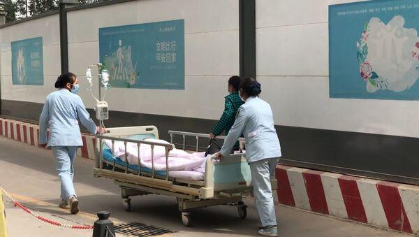 Новый коронавирус из Китая: что известно на данный момент - Sputnik Латвия