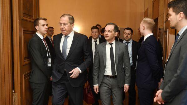 Министры иностранных дел России и ФРГ Сергей Лавров и Хайко Маас на Мюнхенской конференции по безопасности, 15 февраля 2020 года - Sputnik Латвия