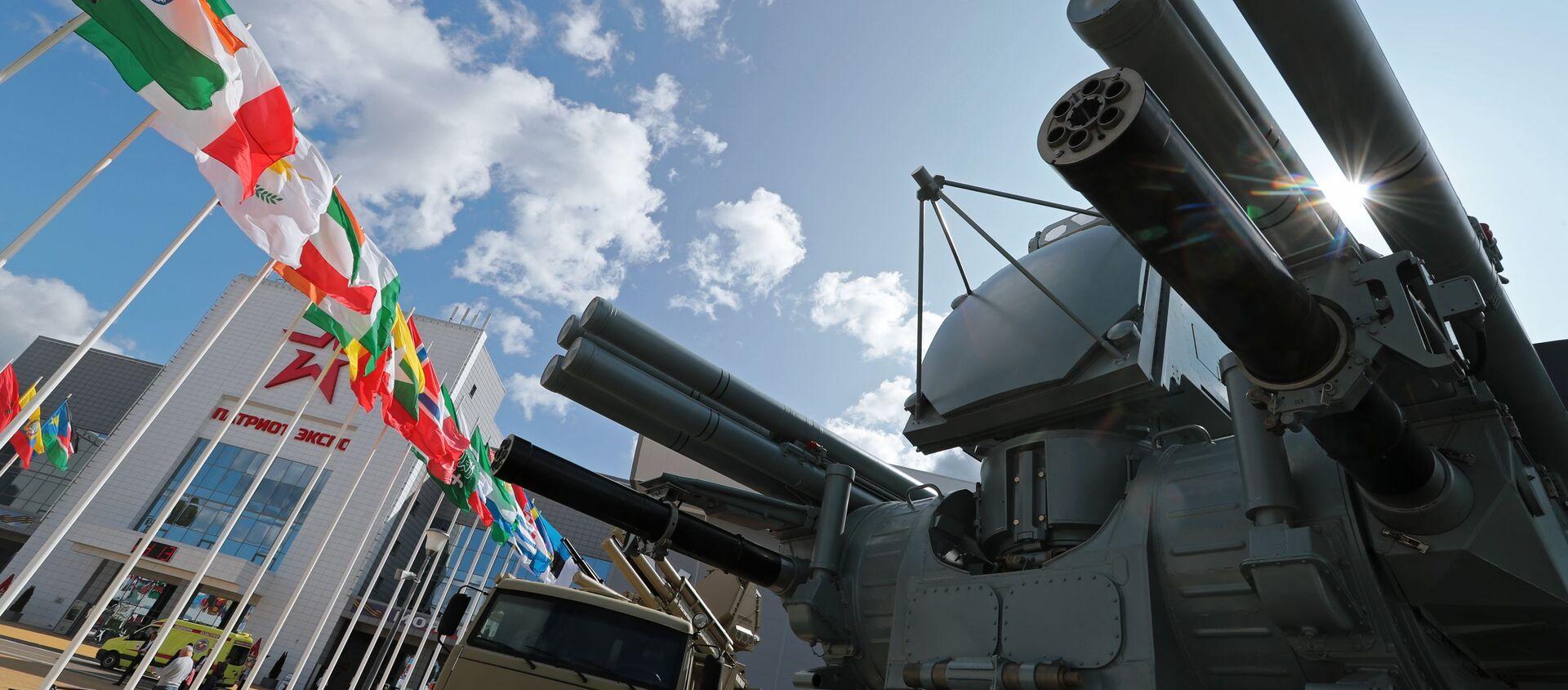 Зенитный ракетно-пушечный комплекс «Панцирь-МЕ» в экспозиции форума «Армия-2018» - Sputnik Latvija, 1920, 01.12.2020
