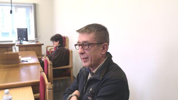 Журналист Юрий Алексеев на заседании суда - Sputnik Латвия
