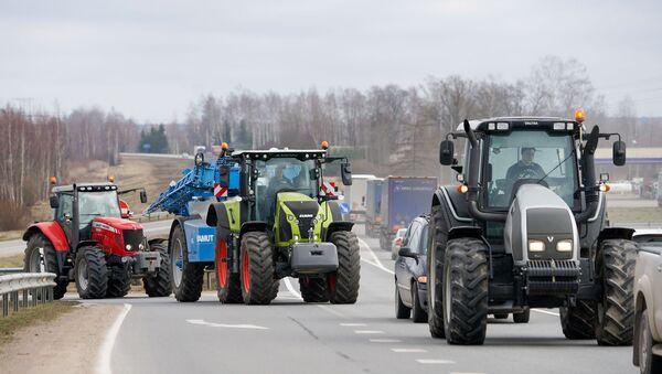 Акция протеста против административно-территориальной реформы 5 марта 2020 года - Sputnik Latvija
