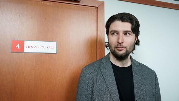 Александр Филей пришёл на заседание суда - Sputnik Latvija